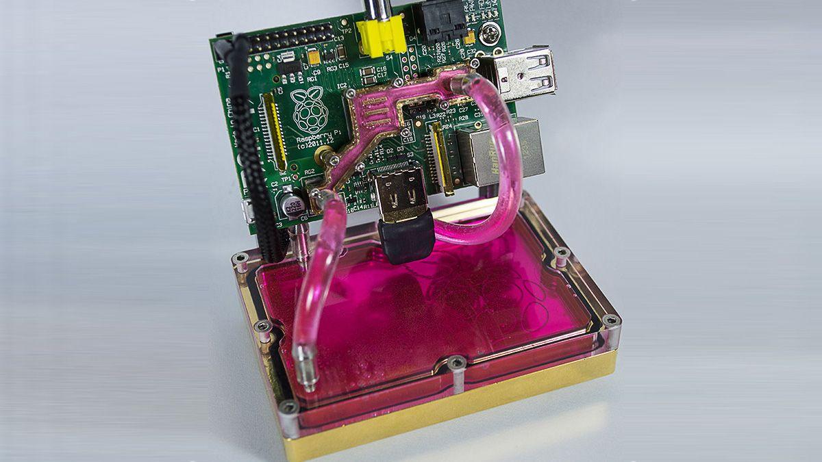 Se – Raspberry Pi har fått vannkjøling