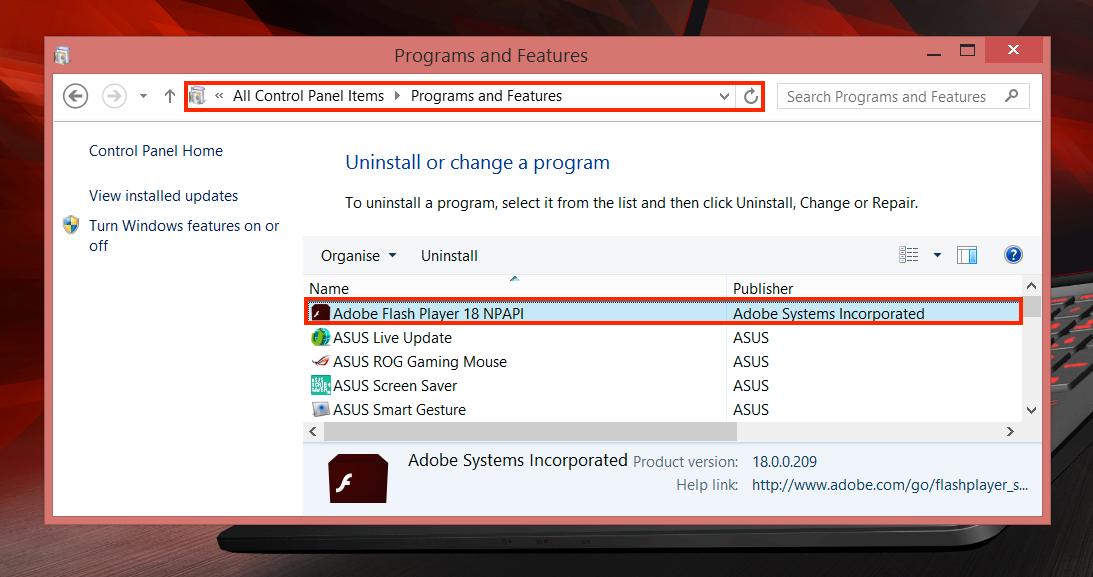 Avinstaller alle oppføringer som begynner med «Adobe Flash Player» for å bli kvitt det usikre og sannsynligvis overflødige programtillegget for godt fra henholdsvis Chrome, Firefox og Opera.