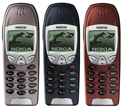 Nokia 6210 er fremdeles etterspurt, mer enn tolv år etter at den kom på markedet. Grunnen er at mange biler fra denne tiden ble levert med hådfrisett som bare passet denne modellen og den etterfølgende 6310.