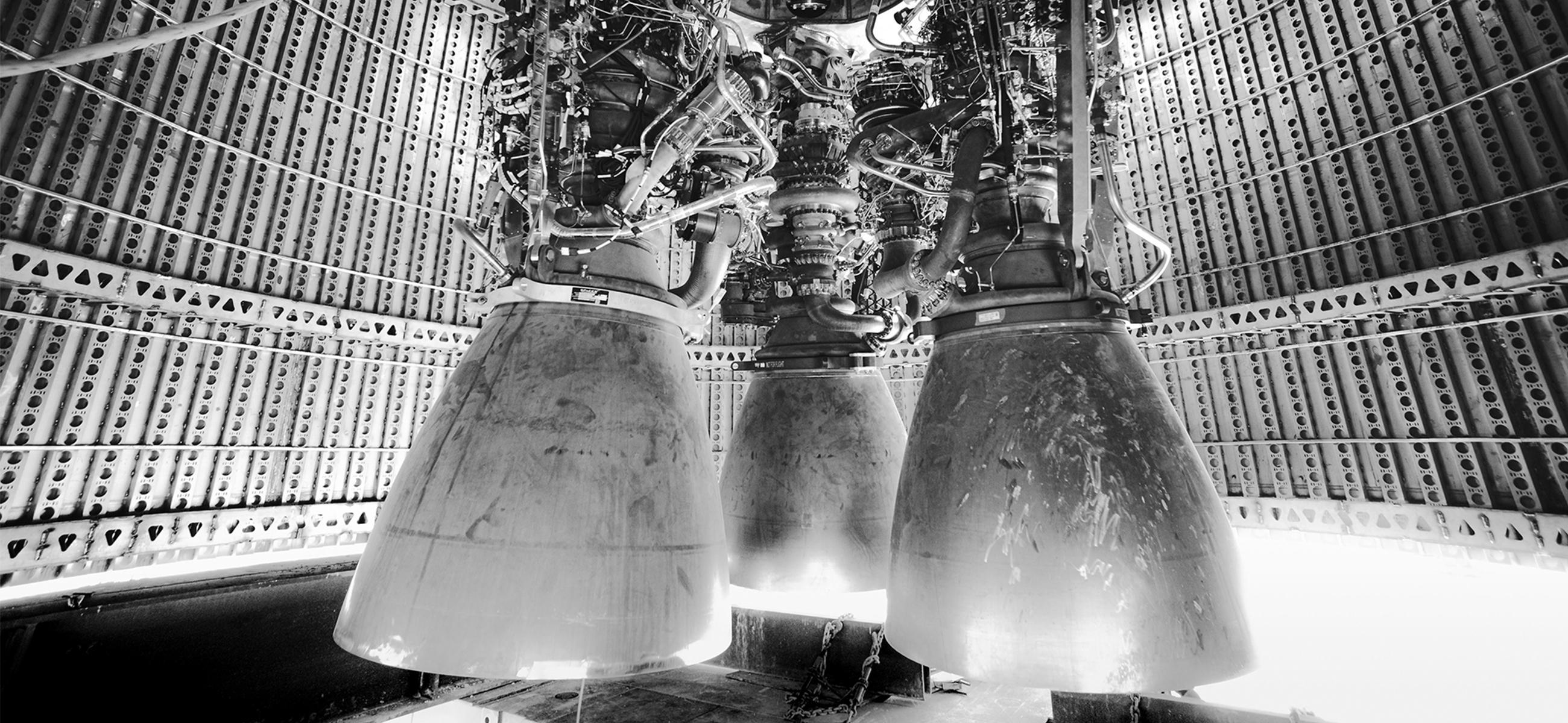 Starship med tre Raptor-motorer.