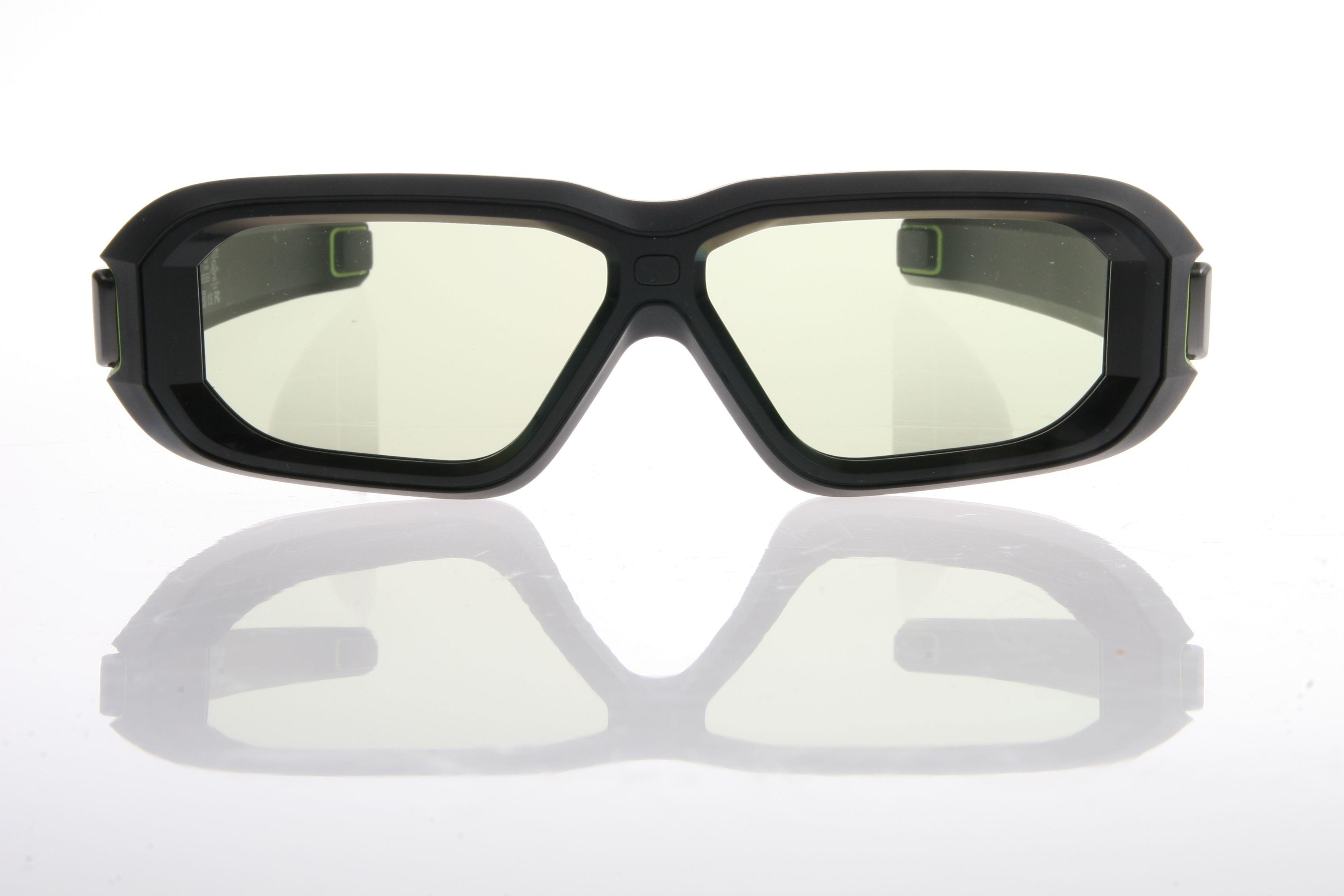 De nye brillene både ser bedre ut enn de tidligere versjonene, og er gode å ha på.