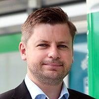 Ole-Henrik Hannisdahl tror ikke at det blir fysiske kortterminaler i nær fremtid på norske hurtigladestasjoner.