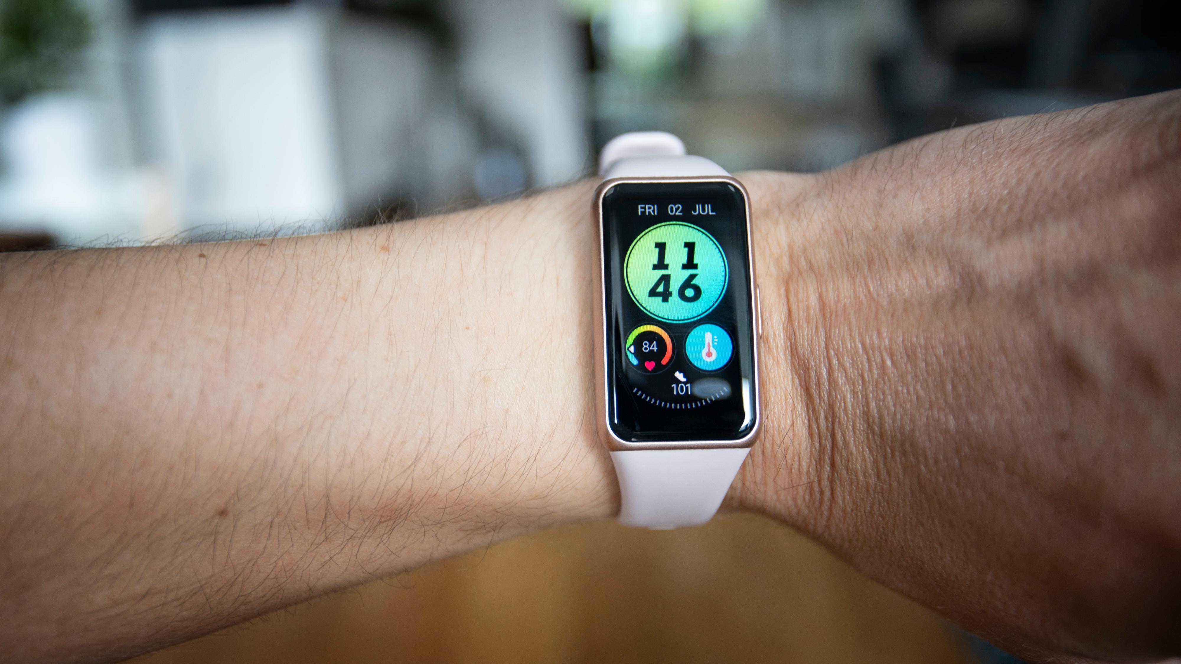 Et godt Fitbit-alternativ til halve prisen