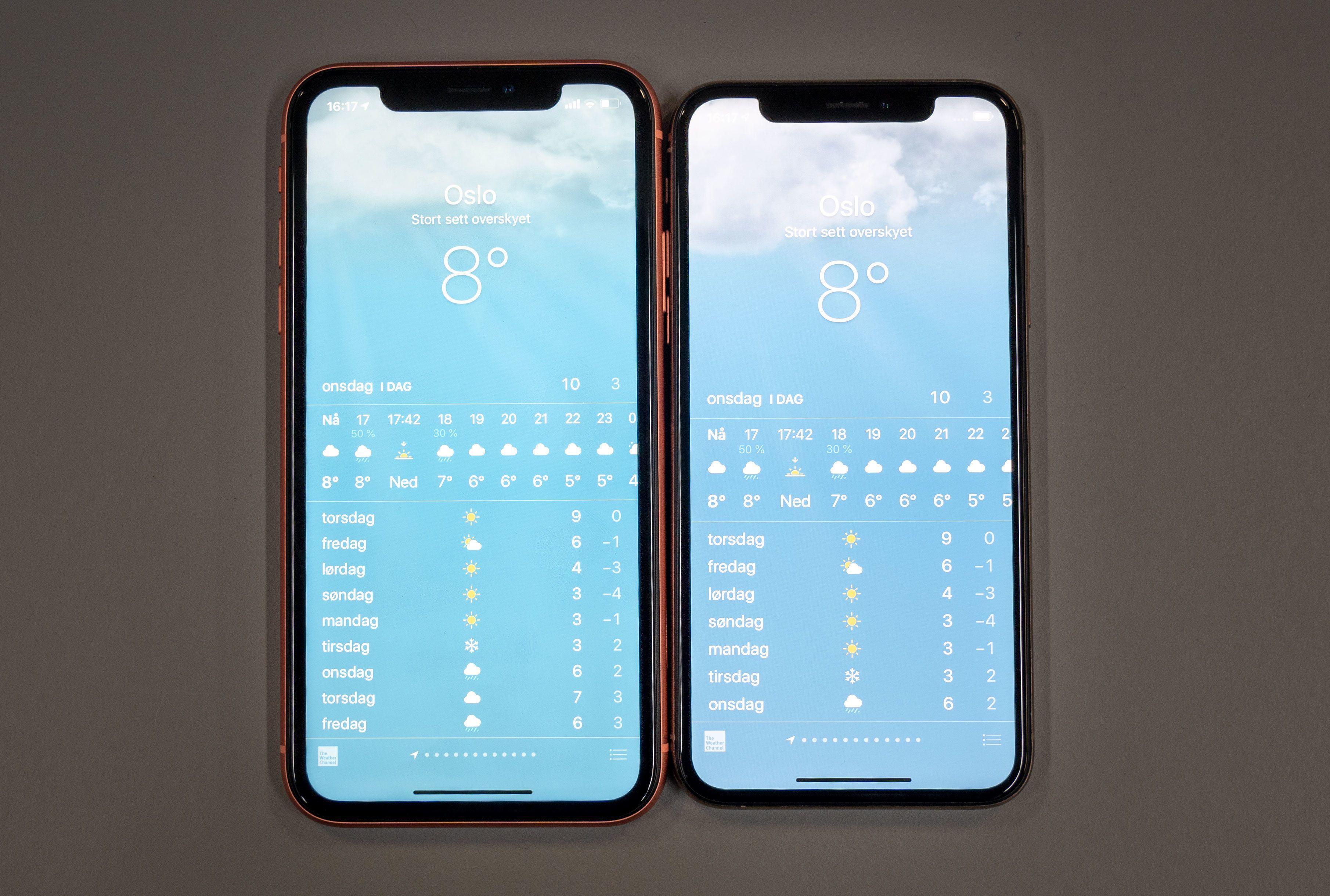 iPhone Xr til venstre, iPhone Xs til høyre. Litt større rammer, men gjør det egentlig så mye?