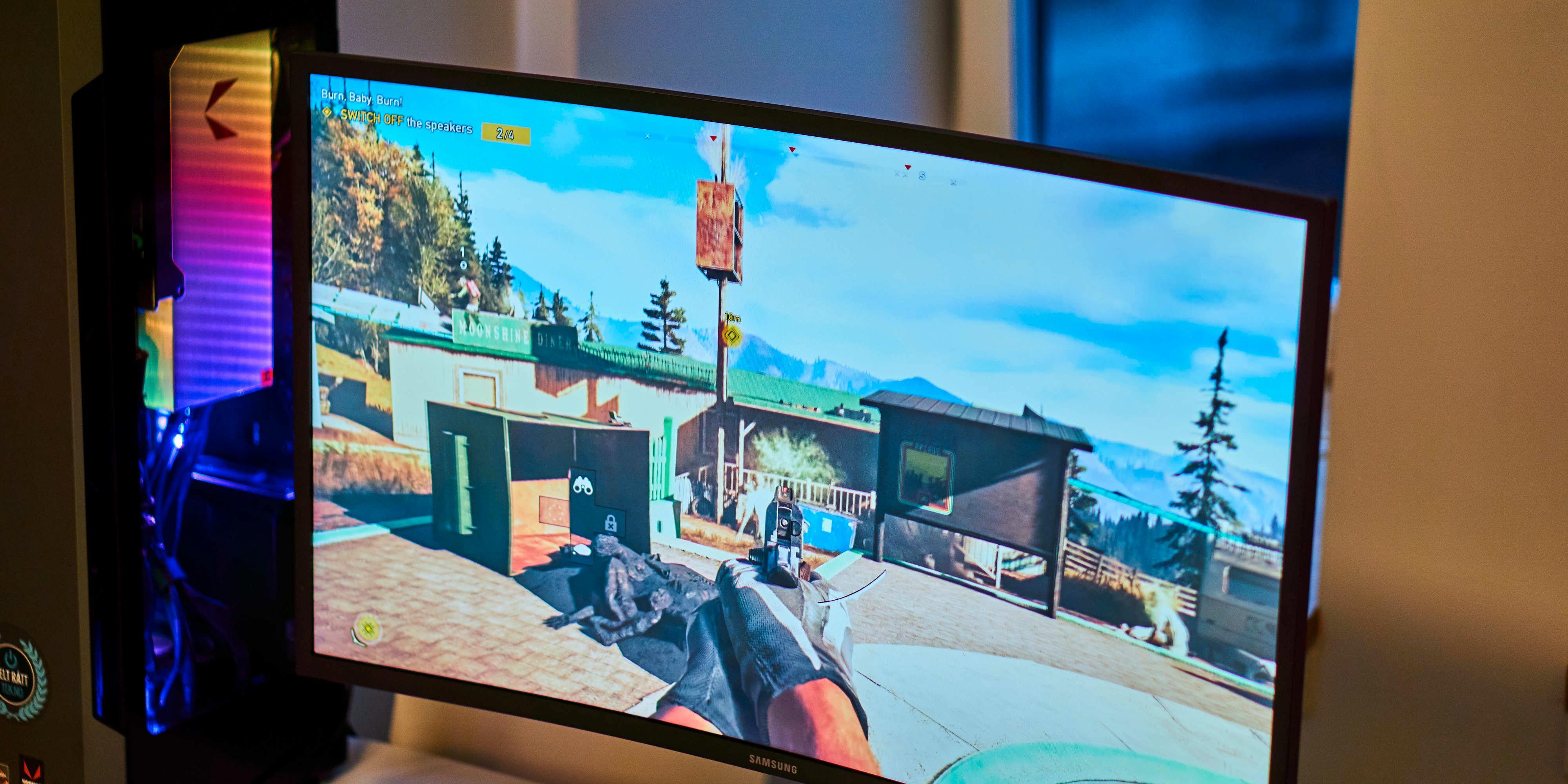 HDR-spill, som Far Cry 5, får virkelig utnyttet HDR600-funksjonaliteten og lysstyrken. Merk: illustrasjonsbilde fra YouTube, ikke ekte HDR.