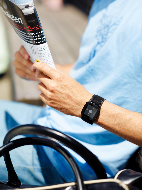 Det er kjekt å ha et armbåndsur på armen når du reiser, men denne må du ha avslått under hele flyturen.
