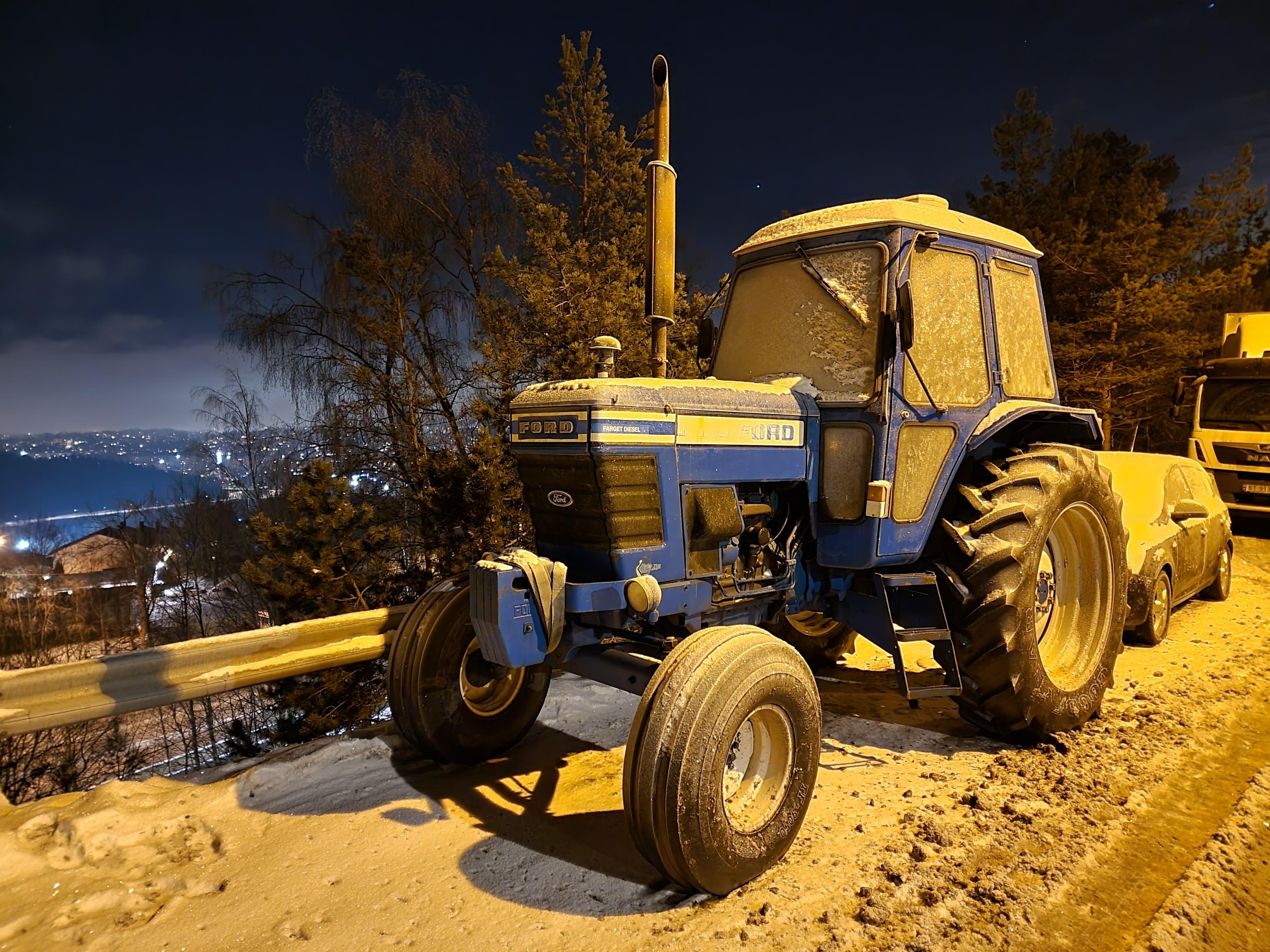 Nattmodus, traktor.