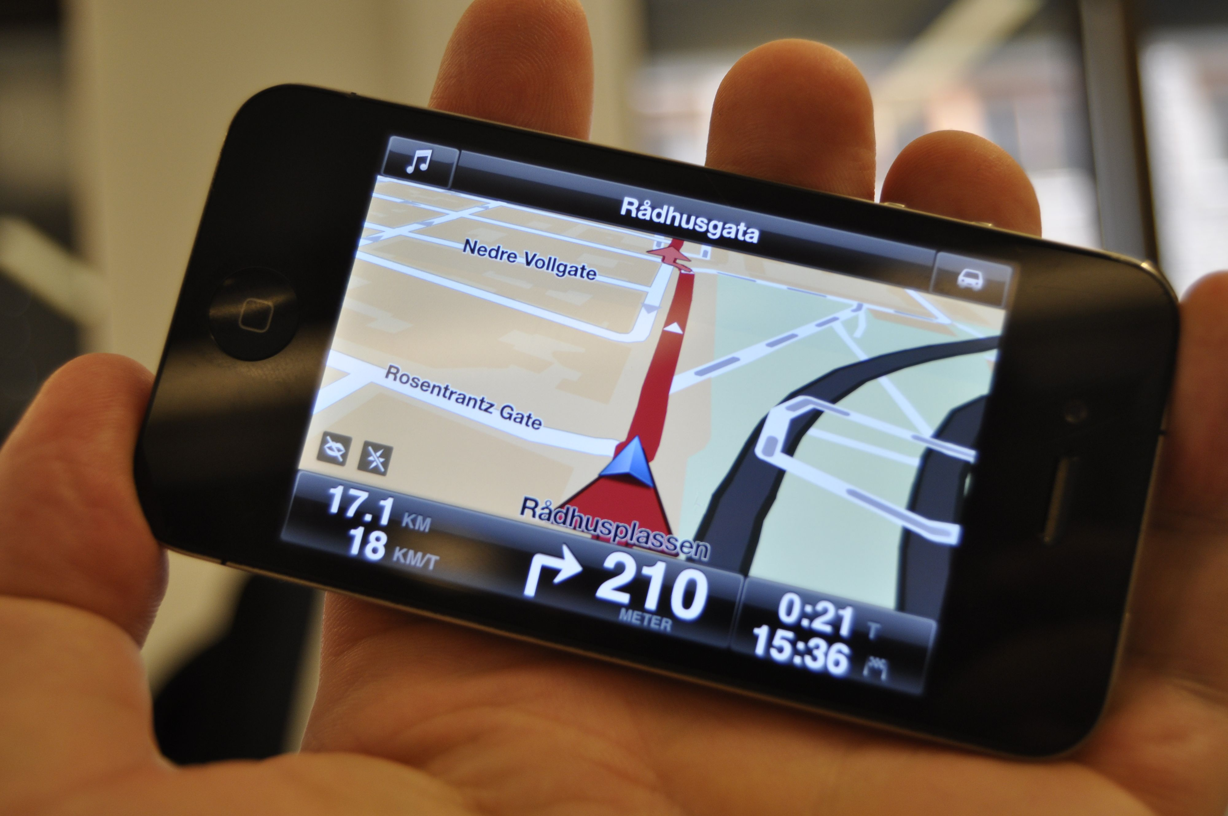 Slik ser TomToms navigasjonsbilde ut. Ryddig og lettfattelig.