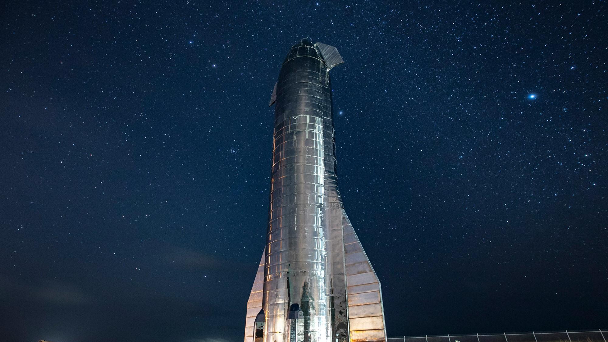 SpaceX skal teste Starship i femten kilometers høyde