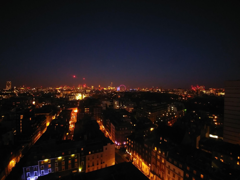 Med litt tålmodighet og fikling med innstillinger kan man få gode nattbilder.