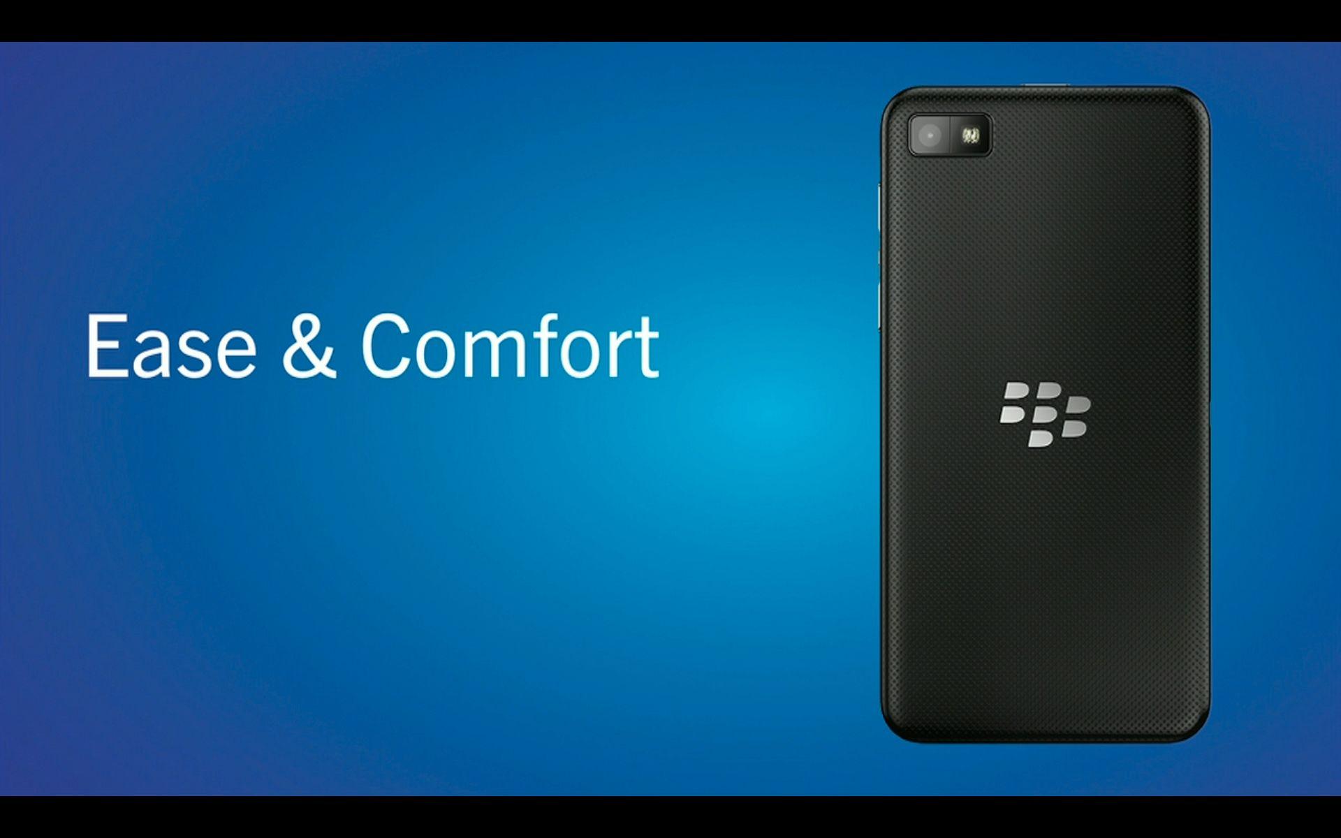 Baksiden av den sorte BlackBerry Z10-modellen.