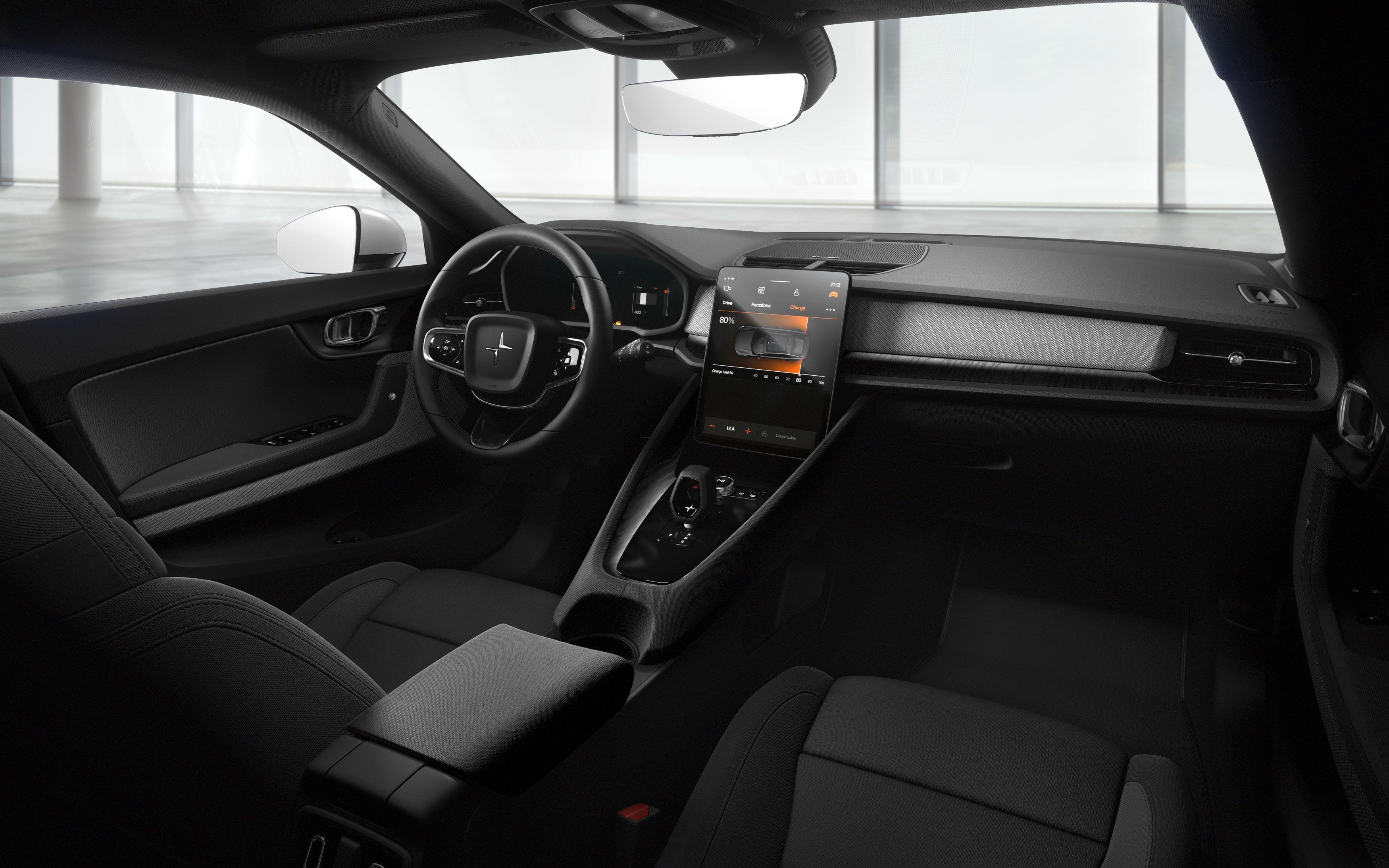 Interiøret er ikke helt Tesla Model 3-minimalistisk, men likevel rimelig elegant.