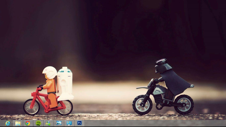 Skrivebordet i Windows 8 er nesten identisk med det du finner i Windows 7, annet enn at startknappen har forsvunnet.