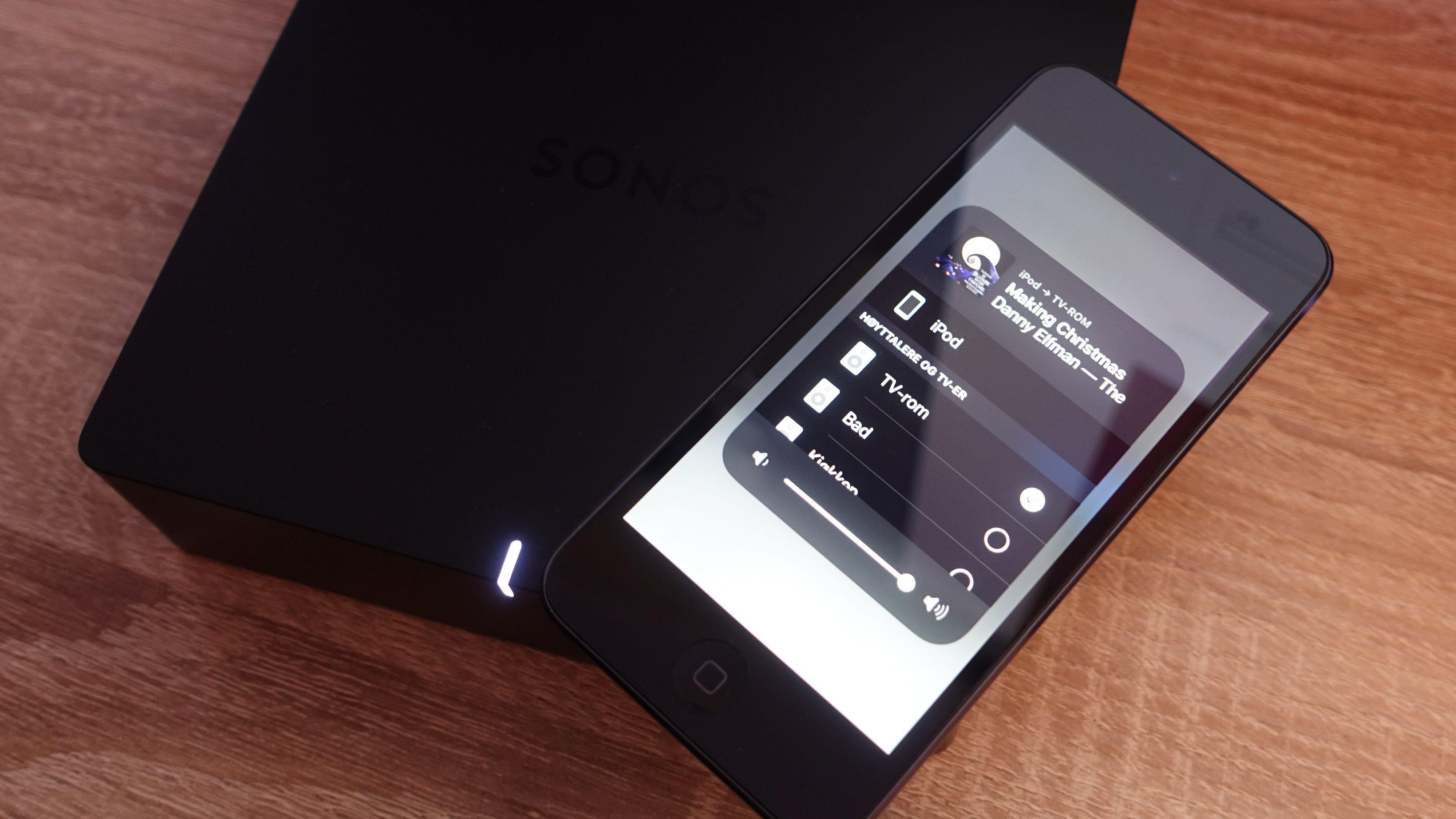 AirPlay 2-støtte betyr at du ikke alltid er avhengig av Sonos-appen, men kan strømme rett fra det du vil. For eksempel en iPod touch.