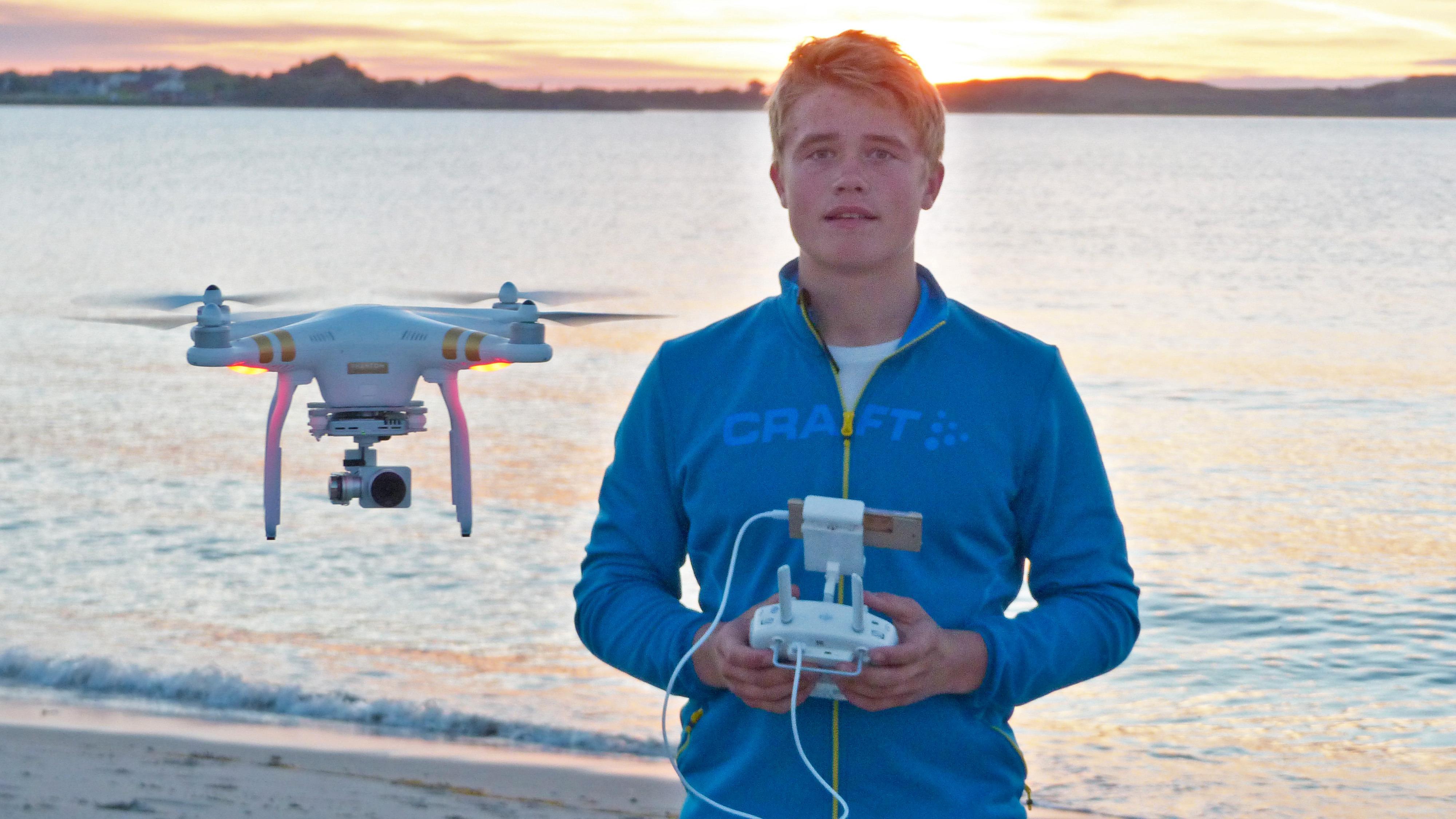 Mathias gjør kometkarriere med dronefilm